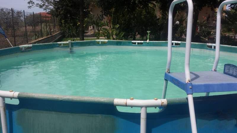 como limpiar fondo piscina desmontable