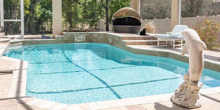que es un alguicida para piscinas