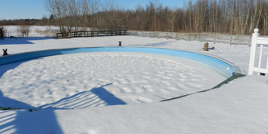 como mantener una piscina desmontable en invierno