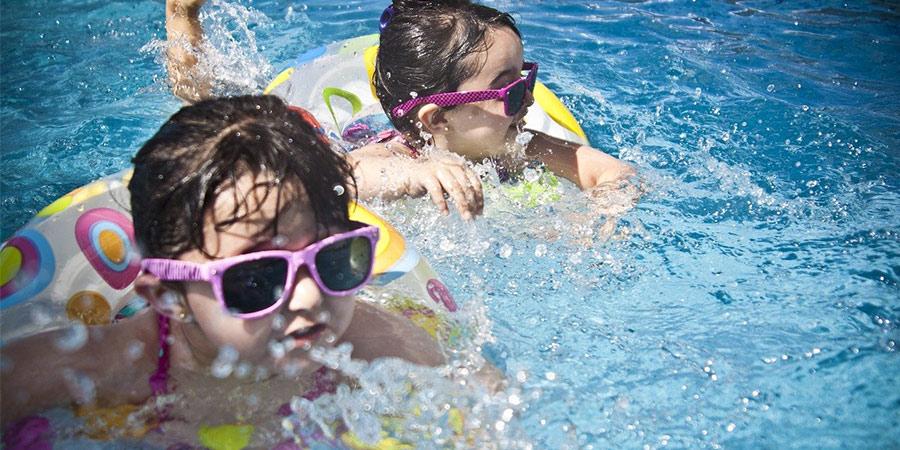 elementos seguridad para piscinas